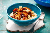 Porridge with fruit & nuts