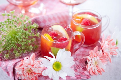 Raspberry beer punch