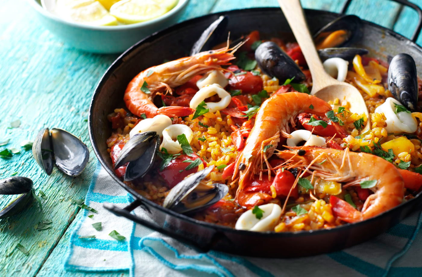 how to prepare paella seafood