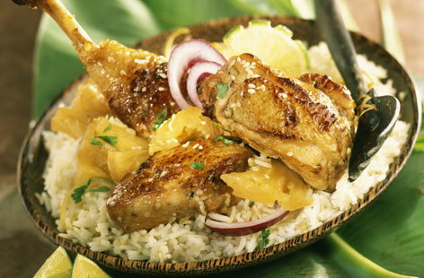Chicken with pineapple and lime