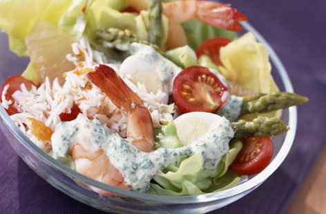Mixed salad with prawns