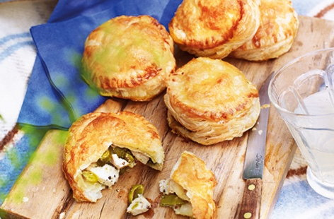 Chicken, leek and tarragon pies