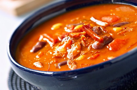 Soup of haricots and chorizo