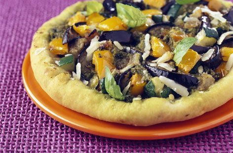 Grilled vegetable and pesto pizza | Tesco Real Food