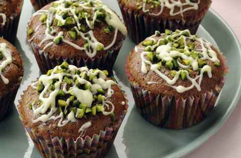 Cupcakes with pistachio topping