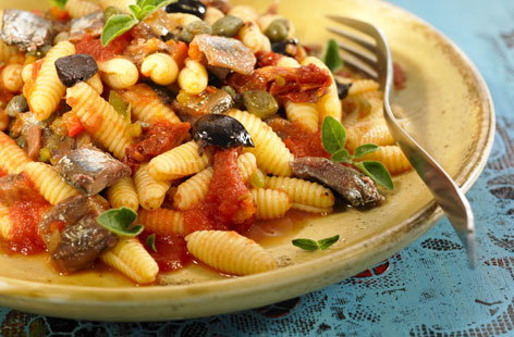 Gnocchi bake with tomatoes, basil and mozzarella | Tesco Real Food