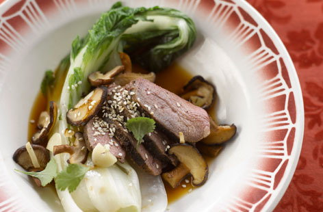 168130 duck with five spices, pack choi and shiitake mushrooms HERO