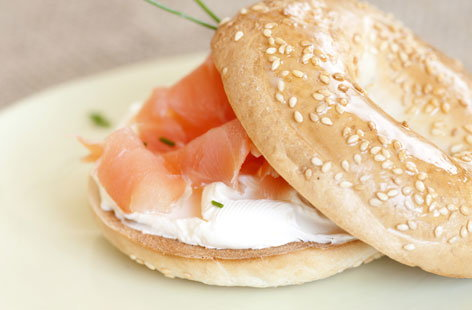 Bagel With Cream Cheese And Smoked Salmon Tesco Real Food