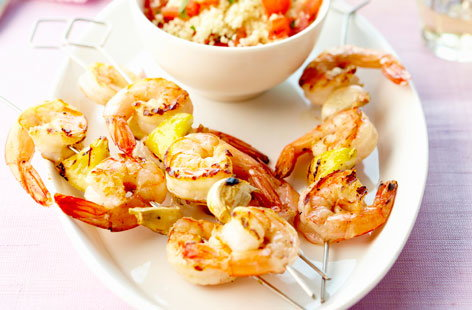 169833 shrimp brochettes with garlic, lemon and tabbouleh HERO