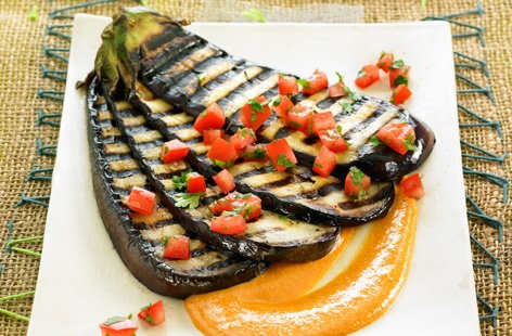Grilled eggplants with citrus fruit and tamari sauce