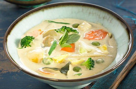 Vegetable & coconut milk curry