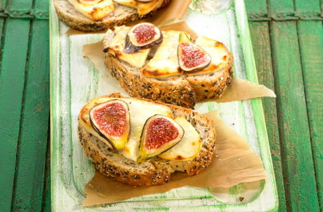 171779 goat's cheese and fig toasted open sandwich HERO