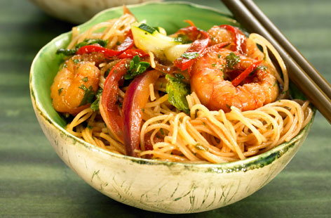 Rice noodles with prawns