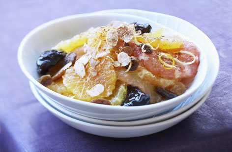 Citrus and dried fruit salad