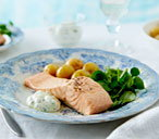Simple poached salmon fillets