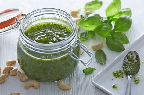 Cashew nut pesto