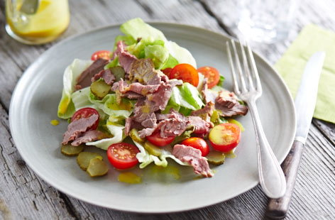 Leftover beef 'burger' salad