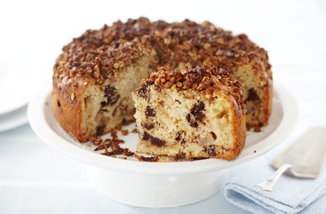 Kosher apple & chocolate streusel cake