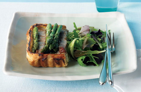 Asparagus and tuna tart HERO