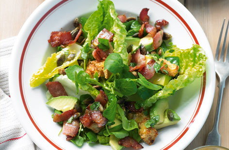 Bacon and avocado salad THUMB