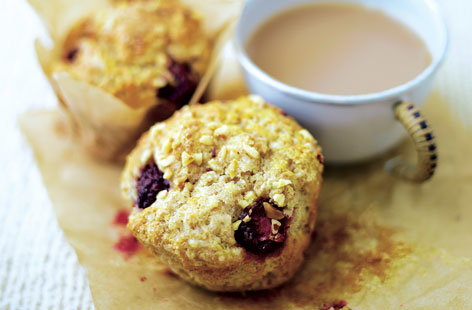 Blackberry and hazelnut muffins HERO