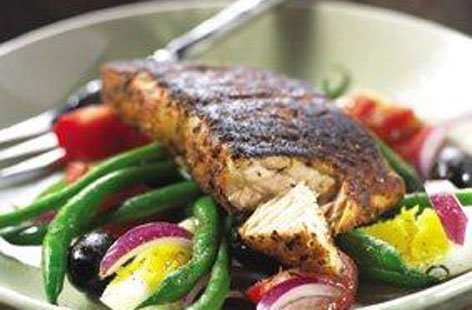 Blackened salmon nicoise