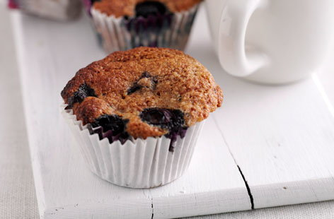 Lisa Faulkner's bran and blueberry muffins