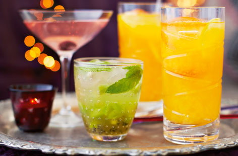 Dazzling drinks to begin the festivities and welcome 2015 with a bang
