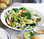 Chicken salad with kiwi and cashews