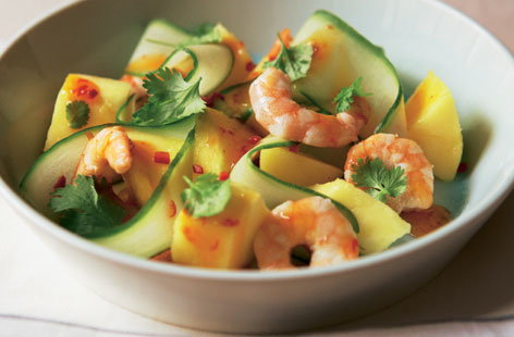 Chilli prawn and mango salad HERO