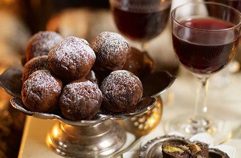 Chocolate truffles2 HERO