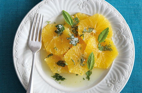 Oranges with citrus syrup and mint sugar