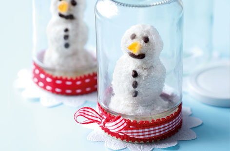 Coconut and chocolate snowmen | Tesco Real Food