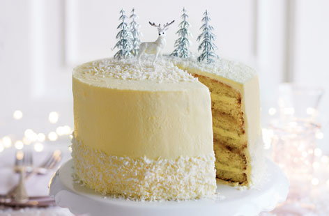 White Christmas limoncello cake
