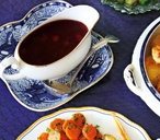 Cranberry and port gravy