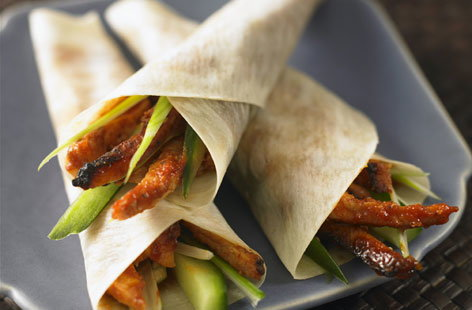 Crispy Chinese pork wraps