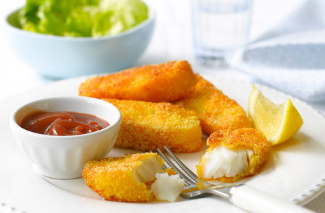 Parmesan fish fingers with salad