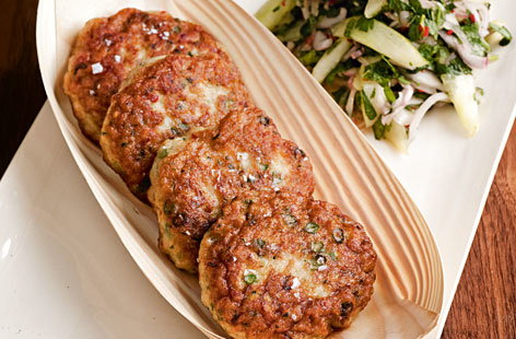 Fishcakes with spicy cucumber relish