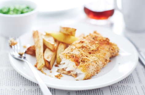 Breaded fish with chunky chips
