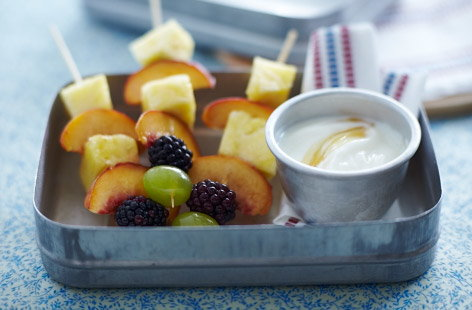 Fruit kebabs with yogurt honey dip