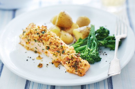 Grilled salmon steaks with a five spice crust