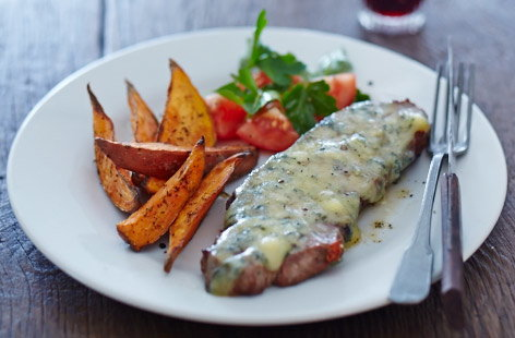 Stilton steaks with potato wedges