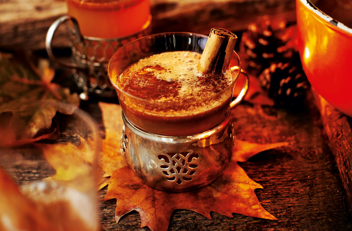 ... bun hot buttered rum recipes dishmaps cinnamon bun hot buttered rum