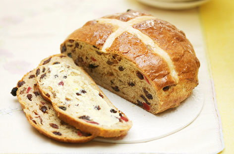 Hot cross bun loaf hero 627127c9 7023 4cd5 8fa4 3e49134ff970 0 472x310