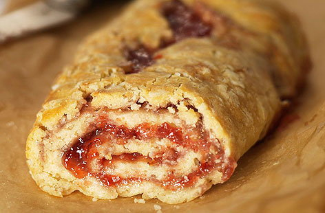 Jam Roly Poly 01