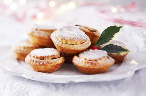 Finest mince pies british made tesco real food for English mincemeat recipe