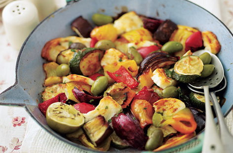 Moroccan vegetables with halloumi HERO