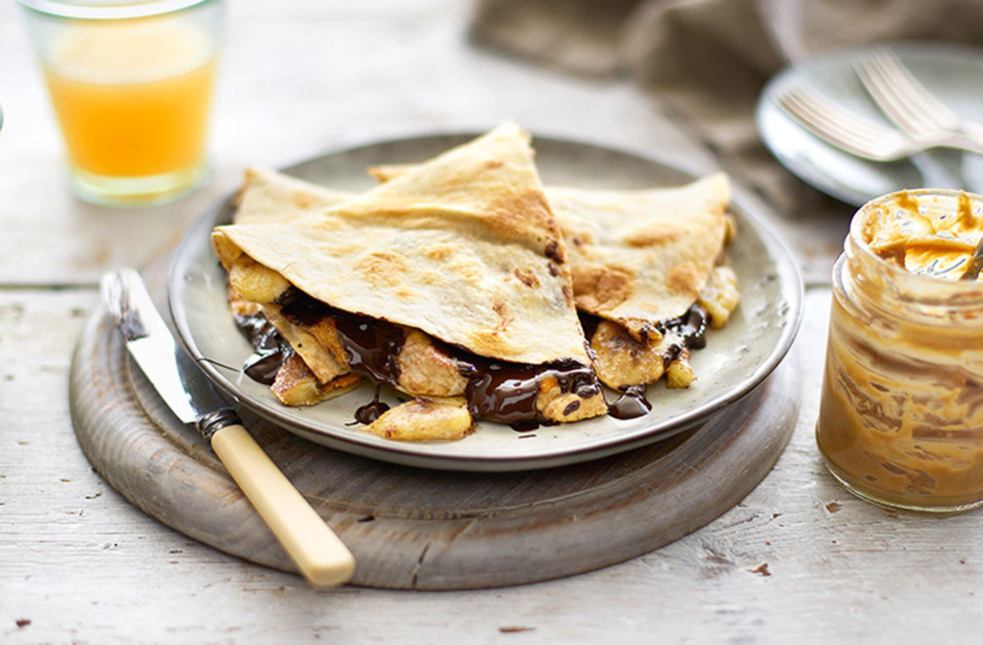 Cinnamon-spiced peanut butter and banana quesadilla | Tesco Real Food