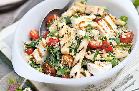 Quinoa and bulgar salad with halloumi and courgettes THUMB