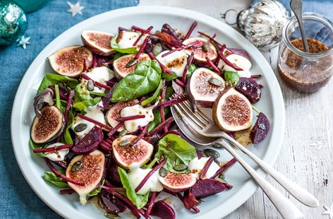 Goat's curd, fig and beetroot salad